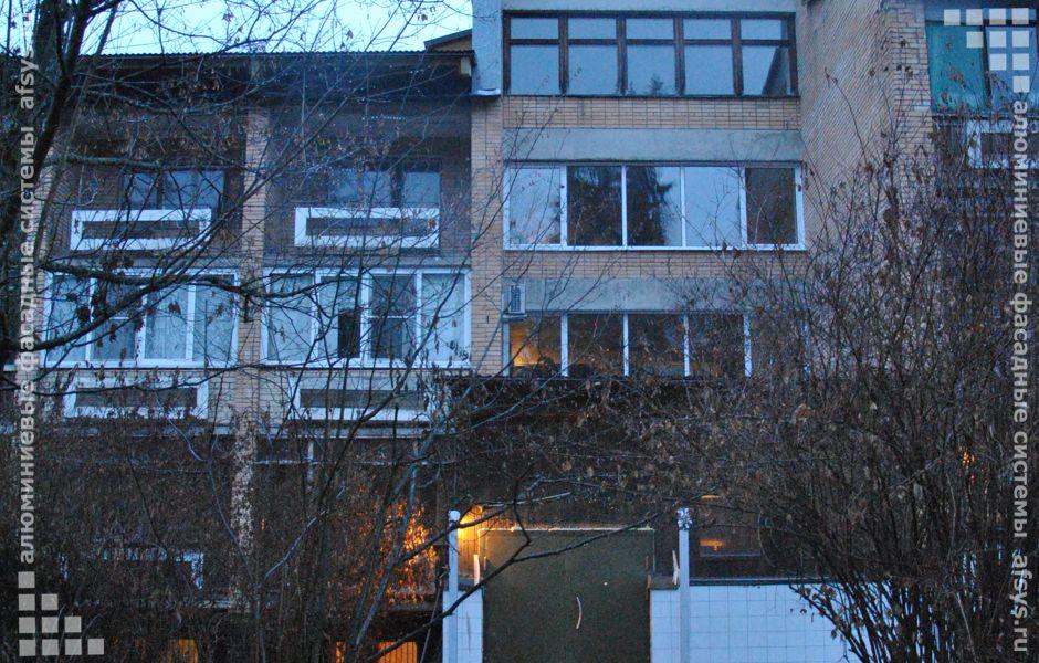 алюминиевое остекление балкона окна