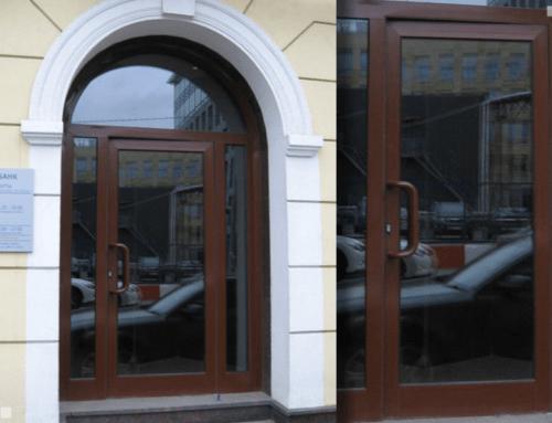 Алюминиевая входная арочная дверь