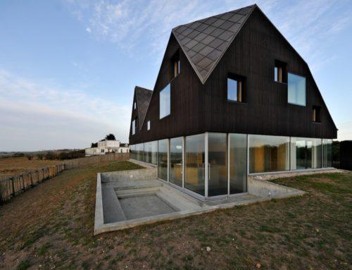 Необычные проекты жилых домов с использованием светопрозрачных конструкций