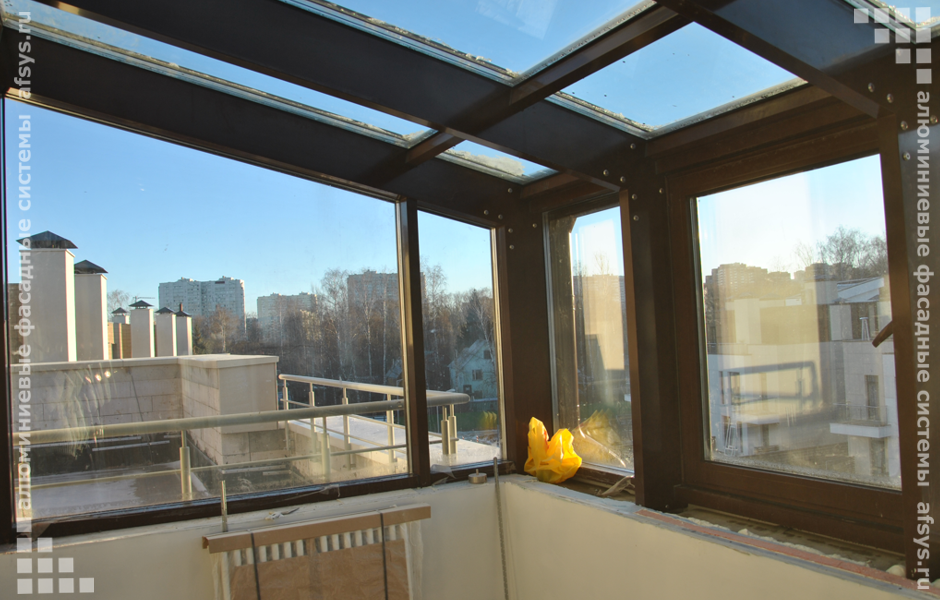 зимний сад на балконе террасе